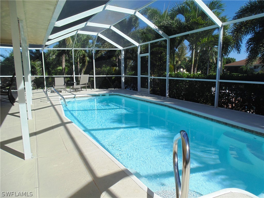 4011 Sw 2nd Ave, Cape Coral FL 33914