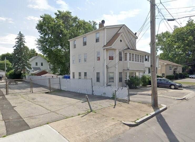 58 Thurston Street, Providence RI 02907 - Photo 2