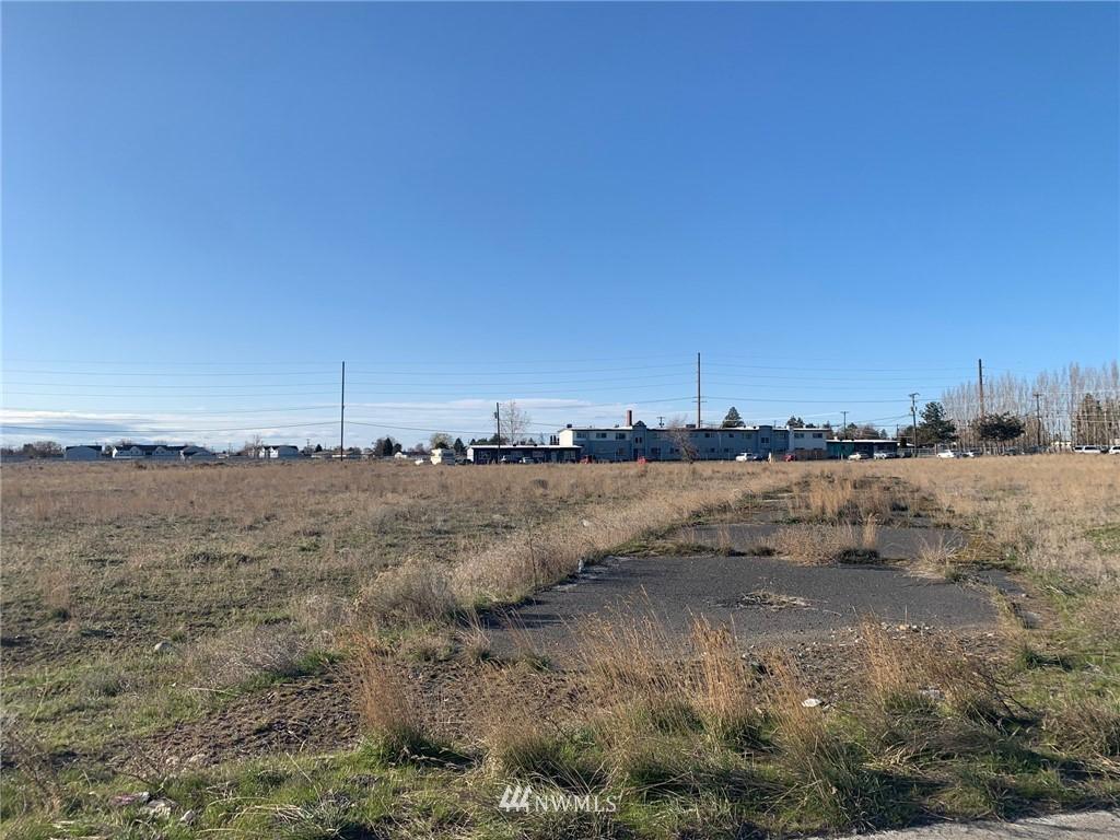 7746 Randolph Road Ne, Moses Lake WA 98837 - Photo 1