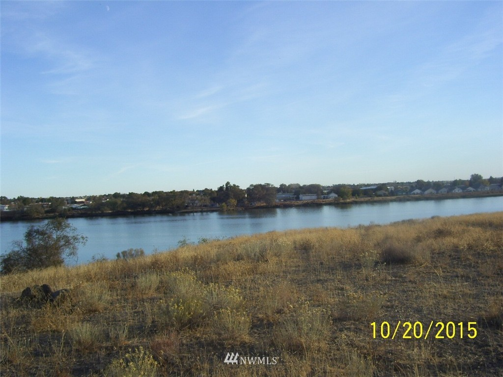 178 N Crestview Drive, Moses Lake WA 98837