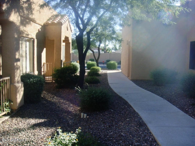 8800 N 107th Avenue, Unit 10, Peoria AZ 85345 - Photo 1