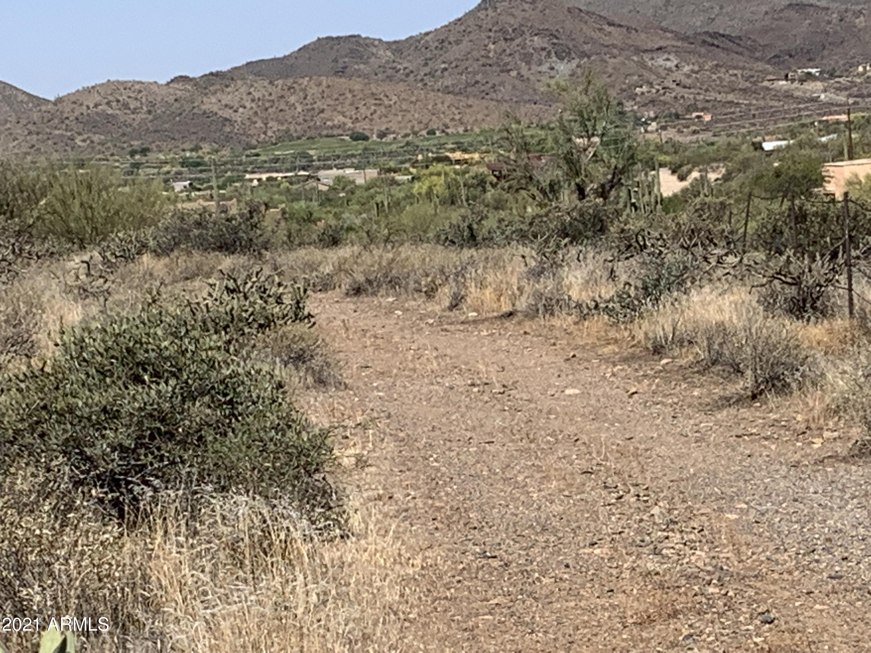 38557 N School House Road, Cave Creek AZ 85331 - Photo 2