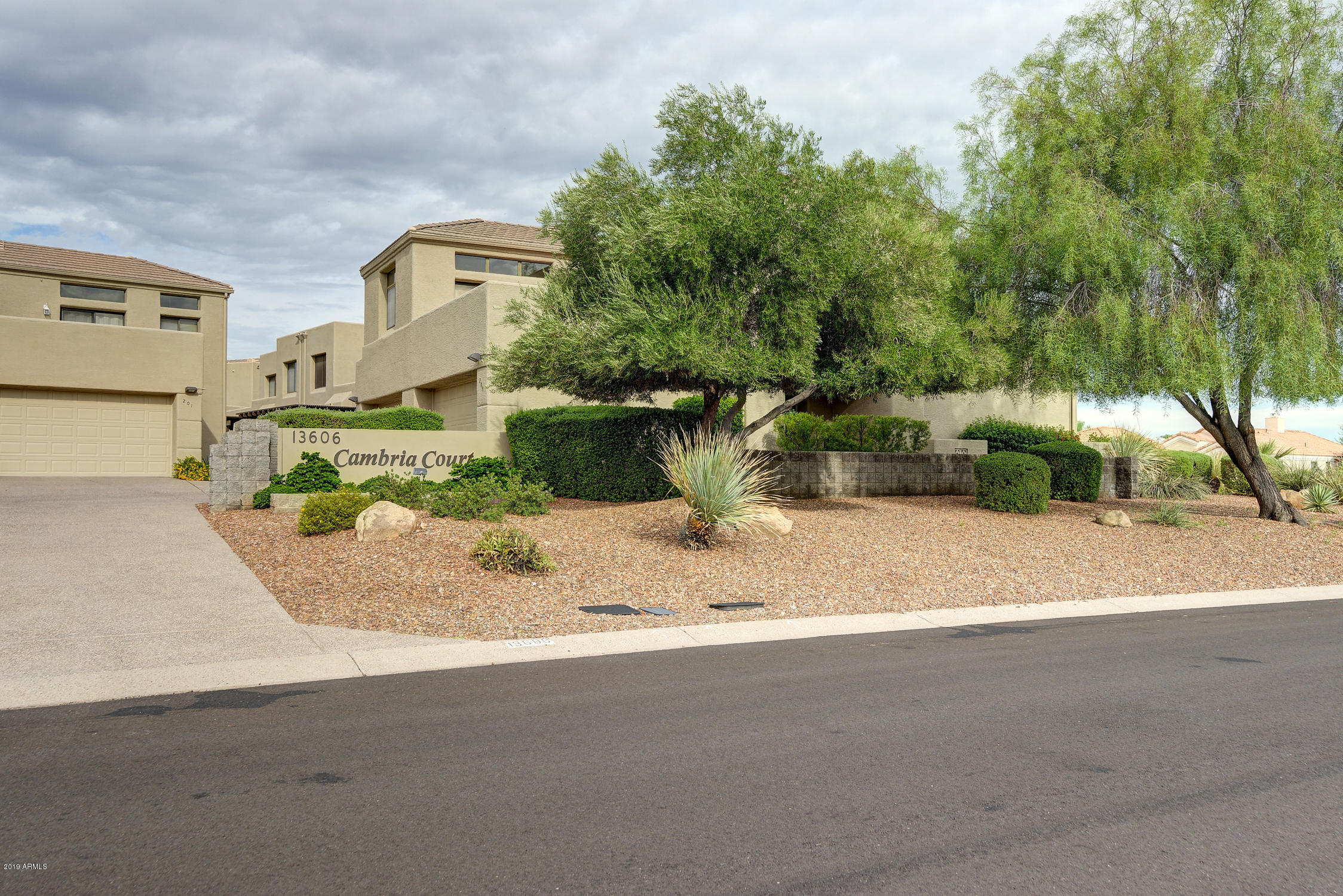 13606 N Cambria Drive, Unit 208, Fountain Hills AZ 85268 - Photo 2