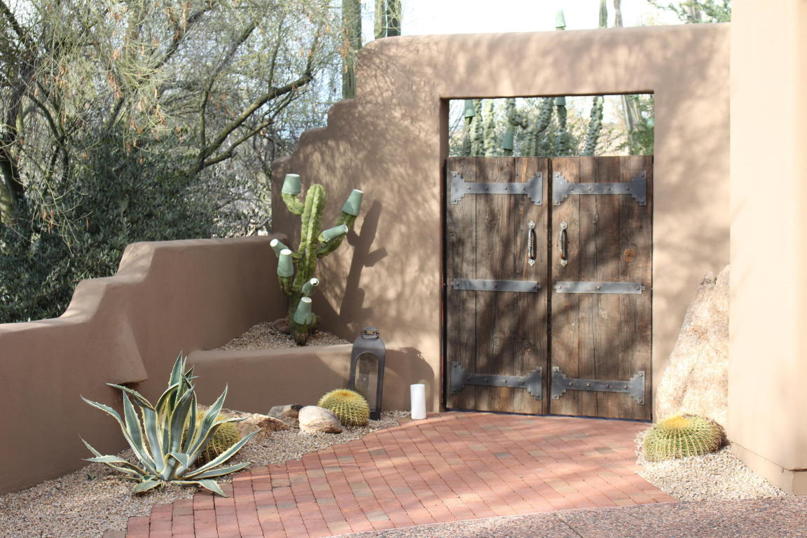 7562 E High Point Drive, Scottsdale AZ 85266 - Photo 2