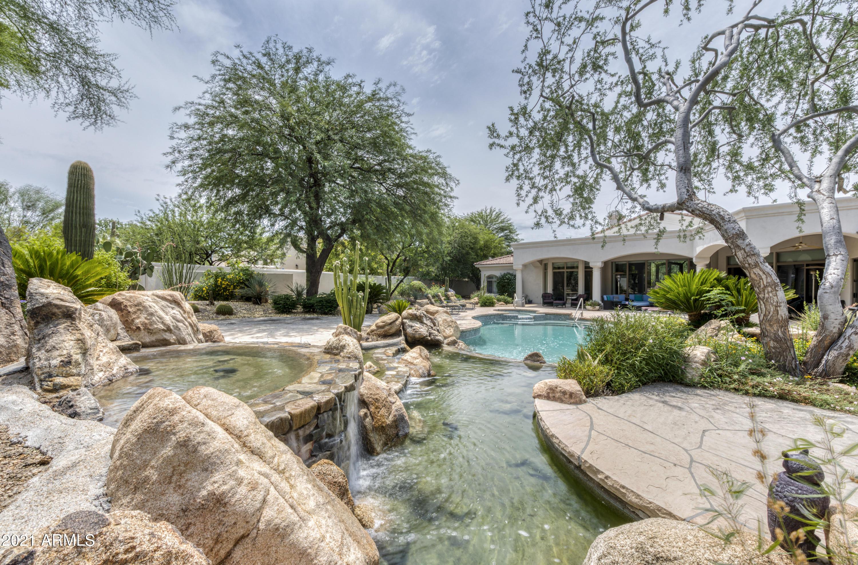8350 E Via Del Sol Drive, Scottsdale AZ 85255 - Photo 2