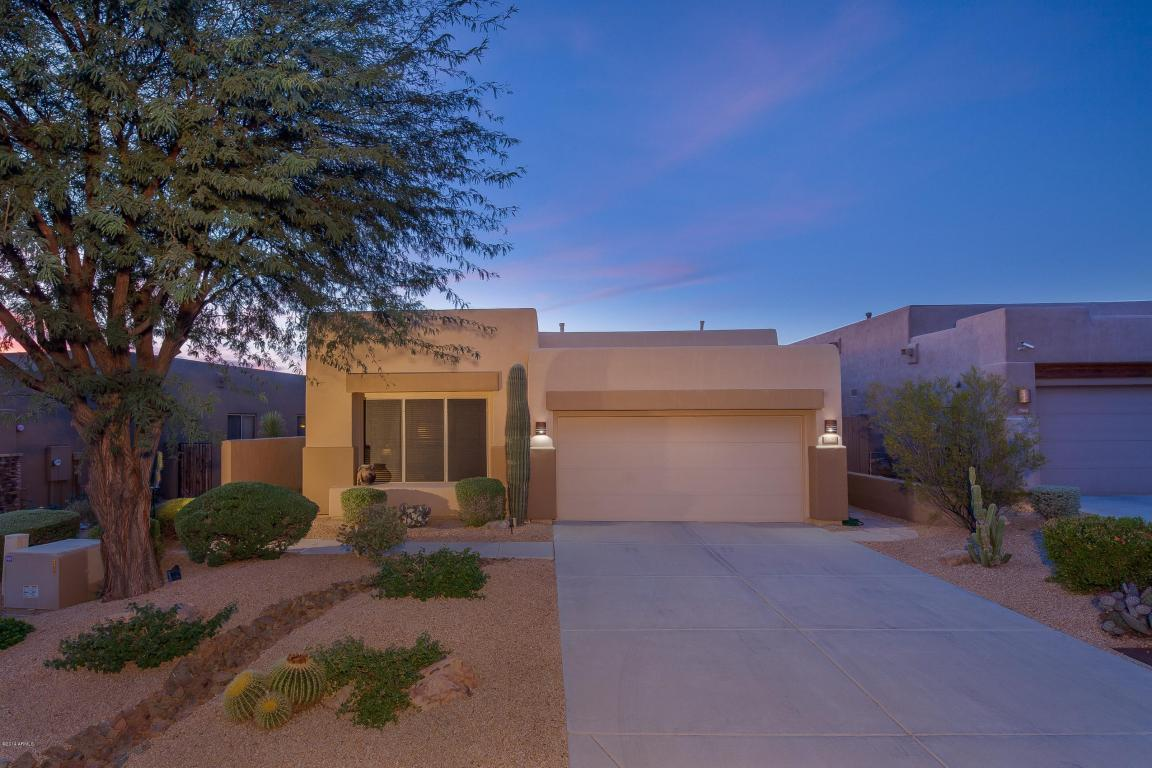 9562 E Chuckwagon Lane, Scottsdale AZ 85262