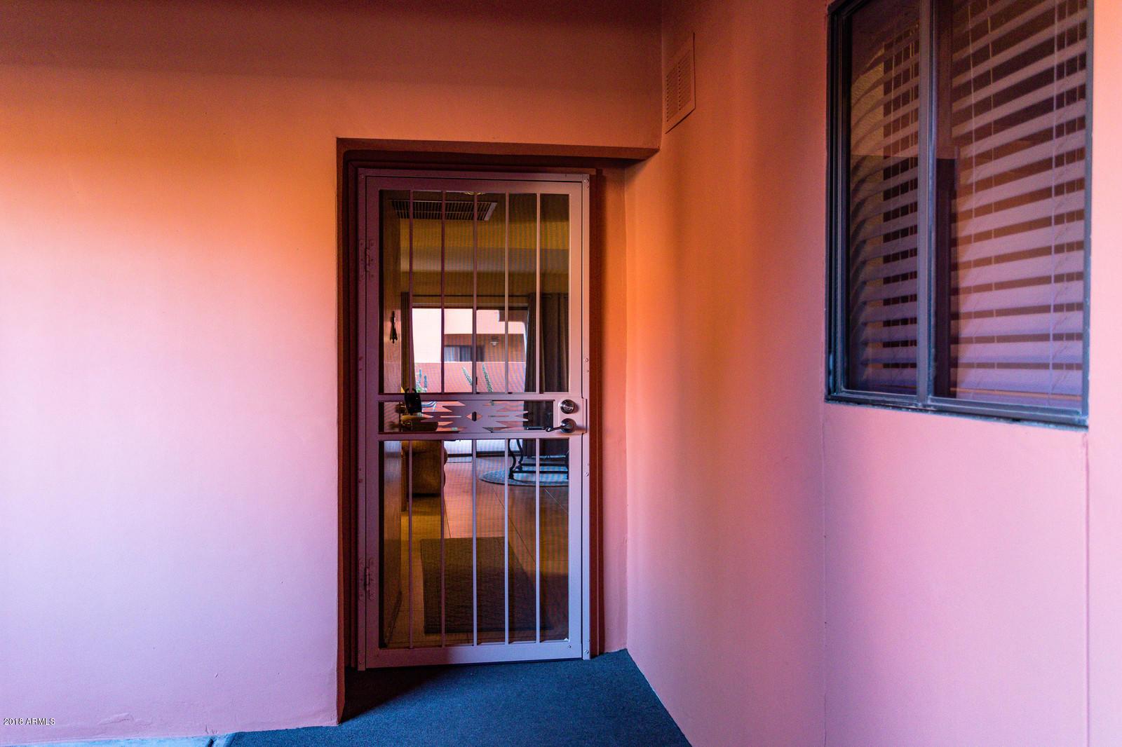 12212 N Paradise Village Parkway W, Unit 142, Phoenix AZ 85032 - Photo 2