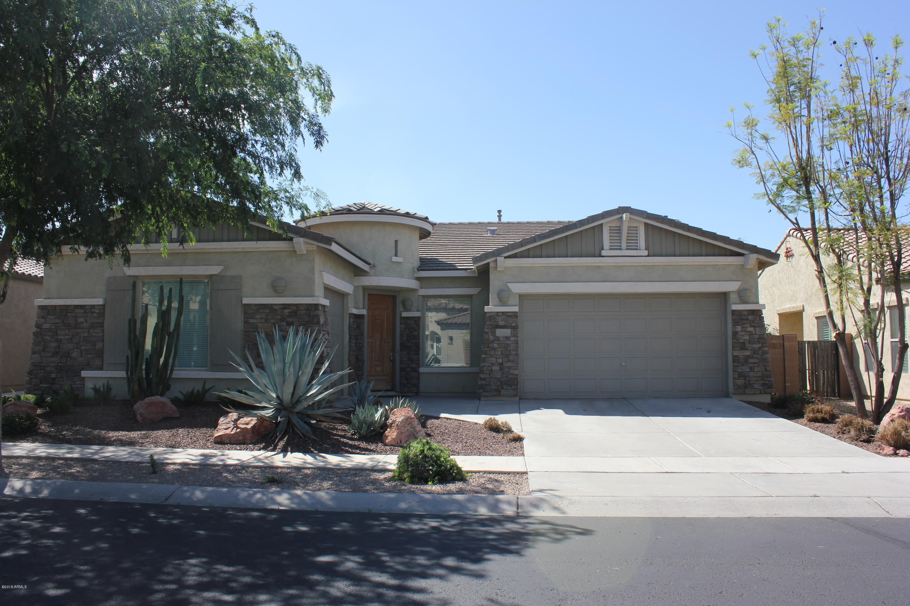 743 E Torrey Pines Place, Chandler AZ 85249 - Photo 1