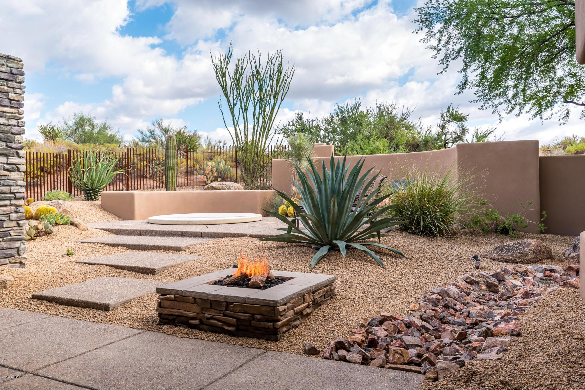 10397 E Loving Tree Lane, Scottsdale AZ 85262