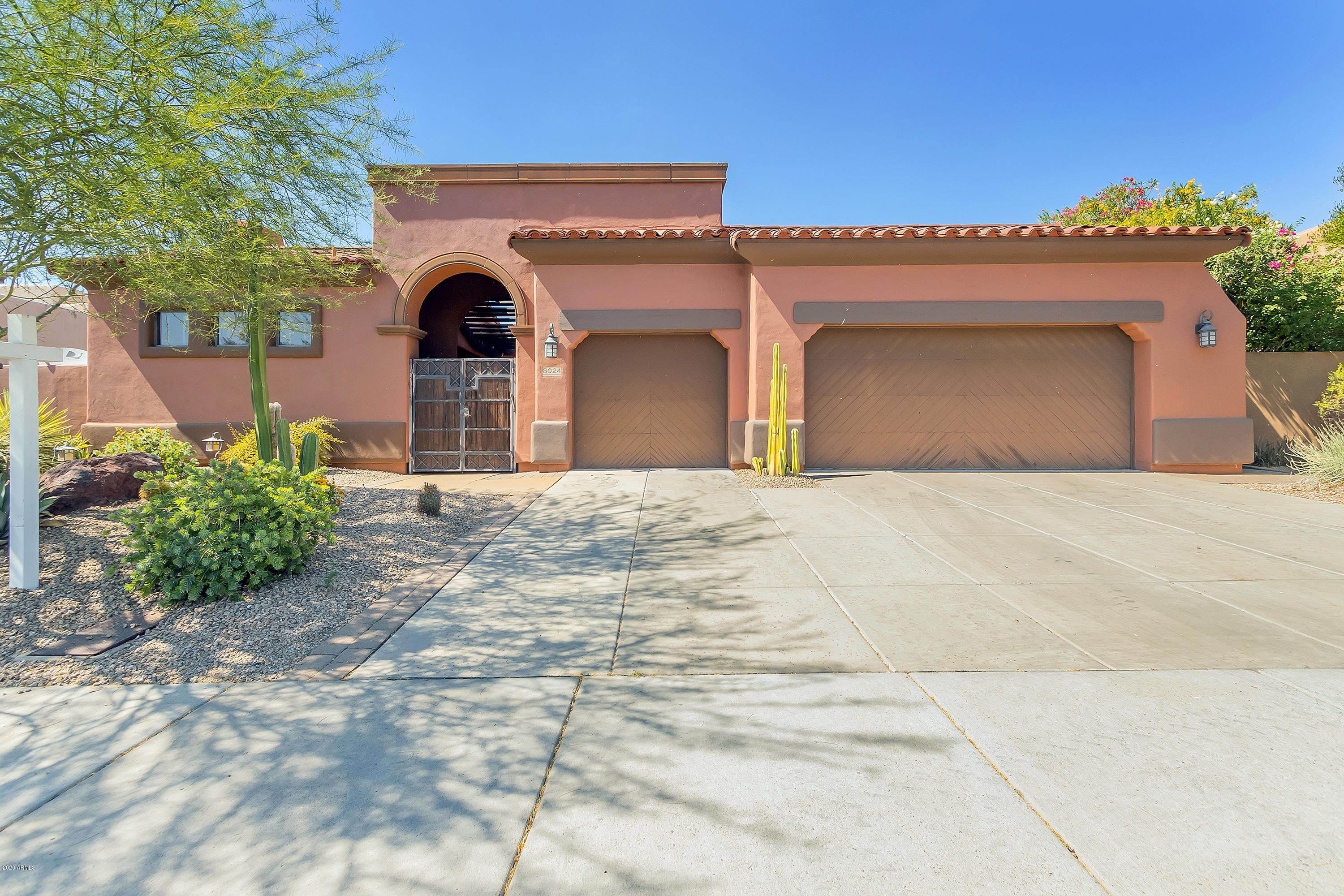 8024 E Windwood Lane, Scottsdale AZ 85255
