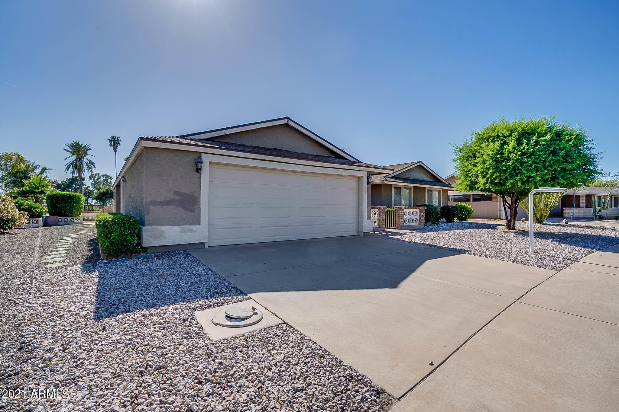 10451 W Wininger Circle, Sun City AZ 85351 - Photo 2