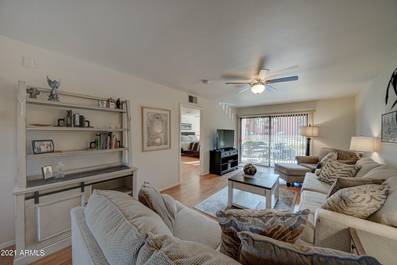 12222 N Paradise Village Parkway S, Unit 104, Phoenix AZ 85032