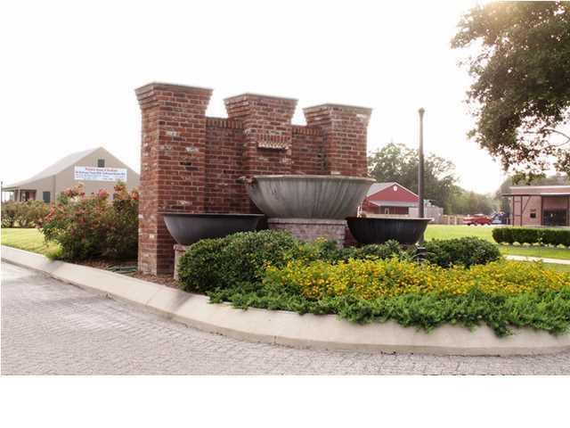 348 Lakewood Avenue, Breaux Bridge LA 70517 - Photo 2