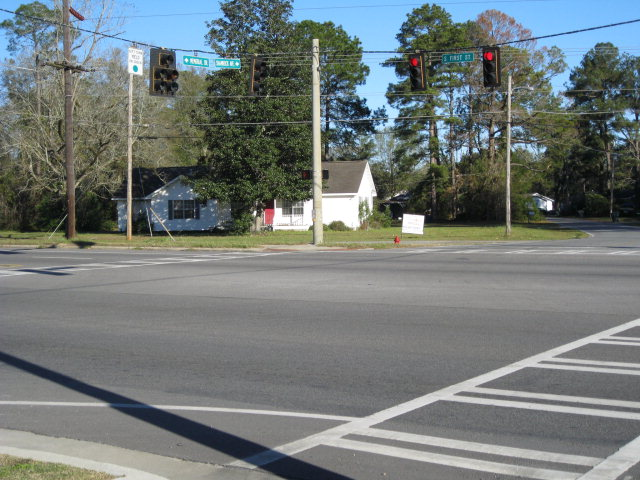 900 S. First Street, Jesup GA 31545 - Photo 1