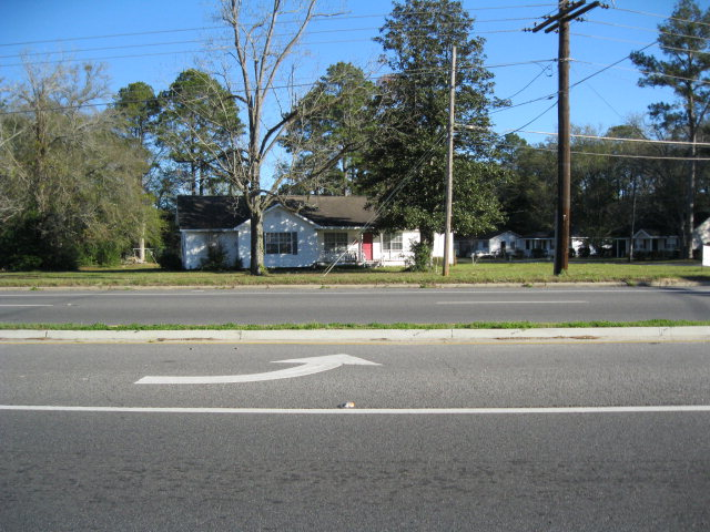 900 S. First Street, Jesup GA 31545 - Photo 2