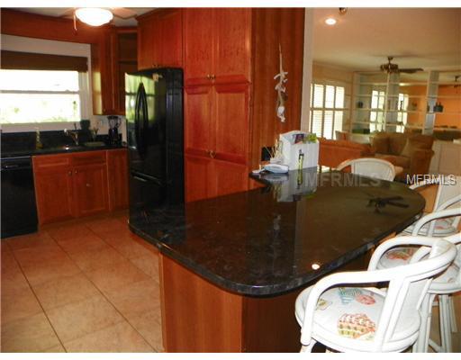 129 Pierson Ln, Sarasota FL 34242 - Photo 2