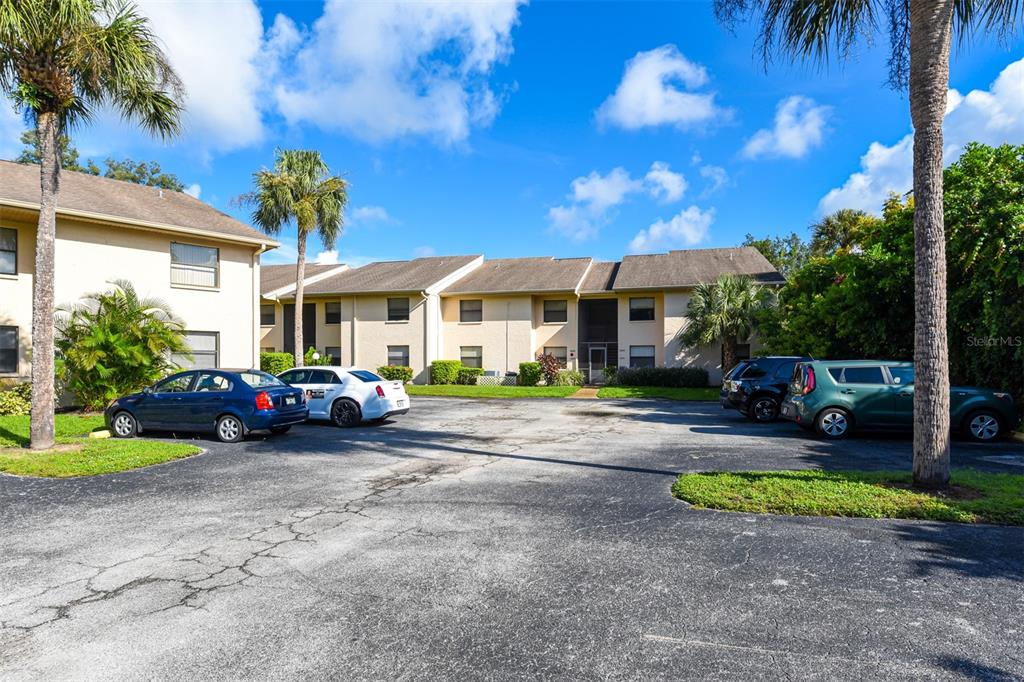 2495 Twin Drive #36, Sarasota FL 34234 - Photo 2
