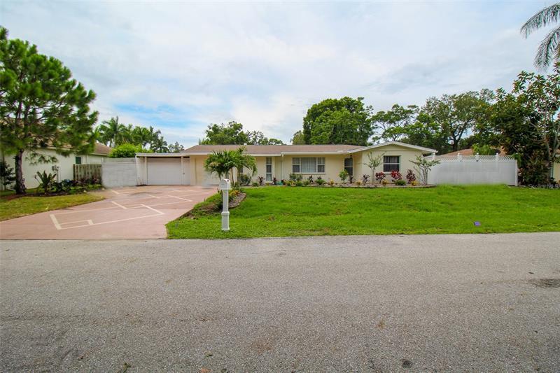 2232 Pine Terrace, Sarasota FL 34231