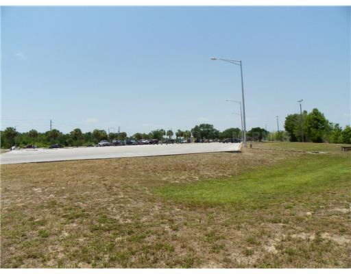 1515 Us Highway 441, Tavares FL 32778 - Photo 1