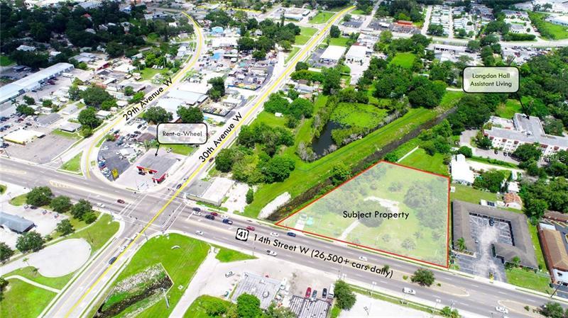 3223 14th Street W, Bradenton FL 34205 - Photo 2