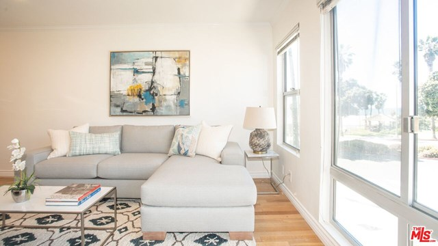 2101 Ocean Avenue # 7, Santa Monica CA 90405 - Photo 2