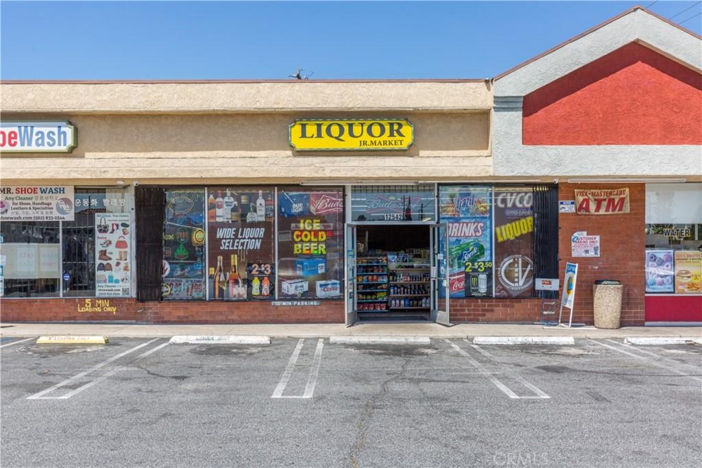 Not Disclosed, Lakewood CA 90715 - Photo 1