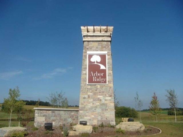 L45 Arbor Ridge Way, Janesville WI 53548 - Photo 2
