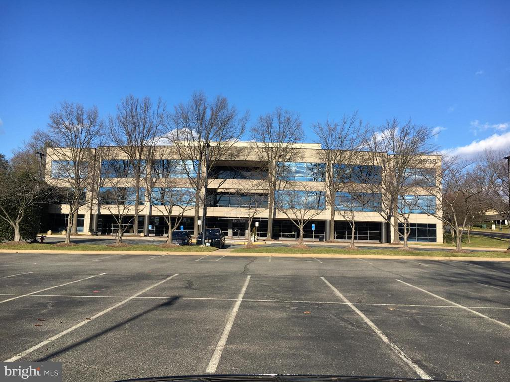 3998 Fair Ridge Drive # 280, Fairfax VA 22033 - Photo 2