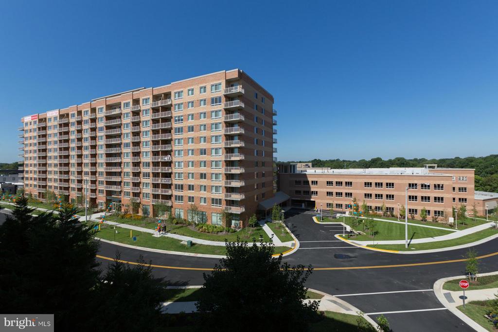 2700 Dorr Avenue Avenue N # 002/02, Fairfax VA 22031 - Photo 1