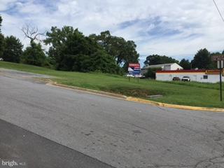 1300 Royal Avenue, Front Royal VA 22630 - Photo 1