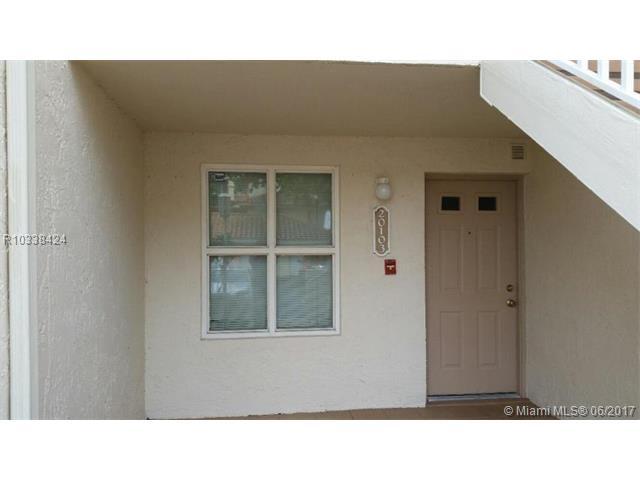 22201 Glenmoor Drive, West Palm Beach FL 33409 - Photo 2