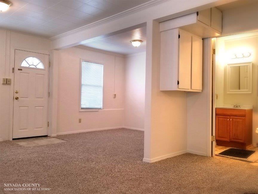 106 E Colfax Avenue, Grass Valley CA 95945 - Photo 2