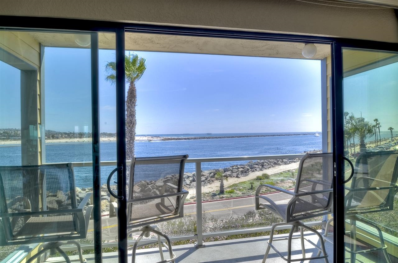 2595 Ocean Front Walk 6, San Diego CA 92109 - Photo 1