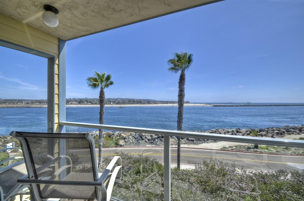 2595 Ocean Front Walk 6, San Diego CA 92109 - Photo 2