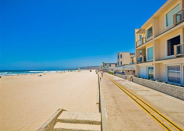 Ocean Front, San Diego CA 92109 - Photo 1