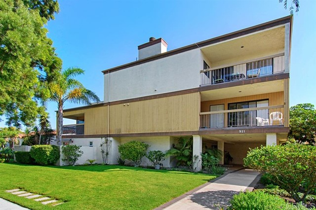 911 E Ave, Coronado CA 92118 - Photo 1