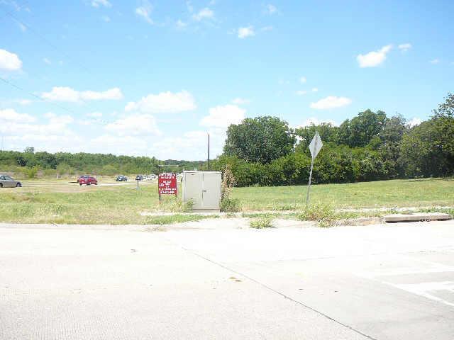 101 Gerault Rde (fm2499) Road, Flower Mound TX 75022 - Photo 2