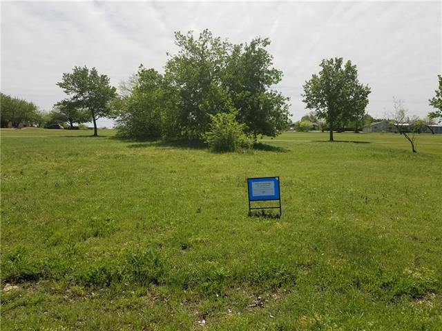 233 Lakeview Drive, Runaway Bay TX 76426