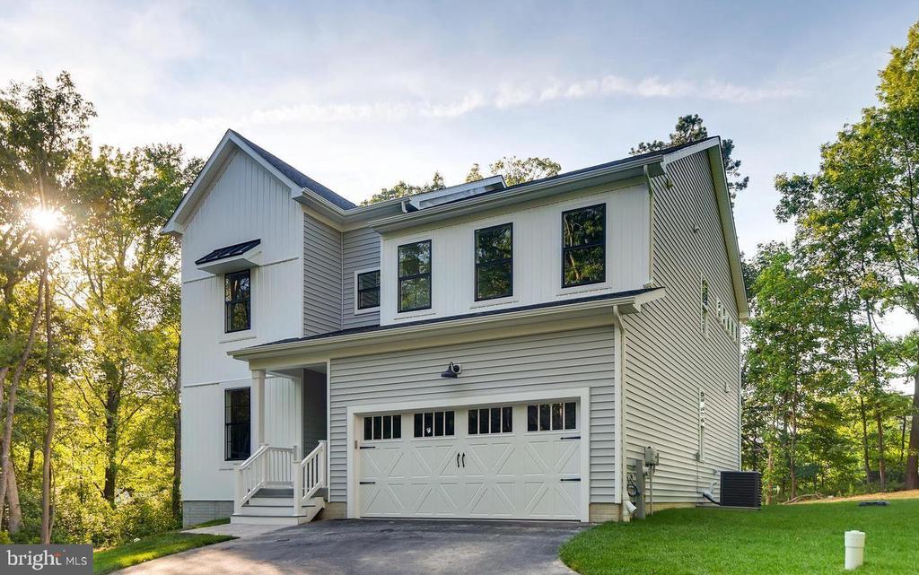 Popular FOX CREEK FARM Real Estate