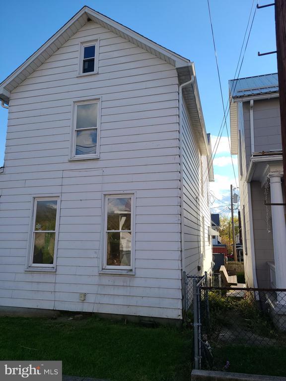 540 Fairview Avenue, Cumberland MD 21502 - Photo 2