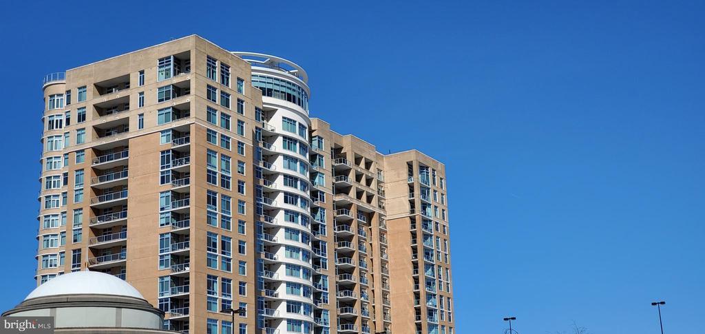 5750 Bou Avenue # 612, North Bethesda MD 20852 - Photo 1