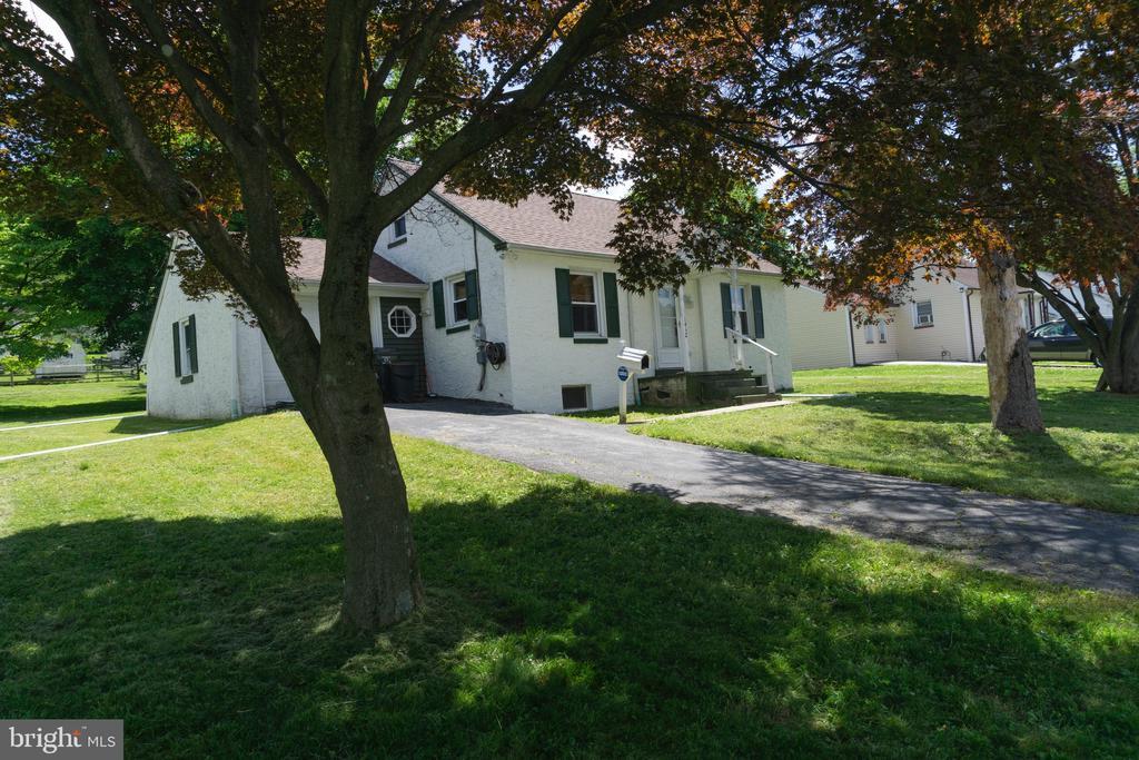 1412 Walnut Street, Coatesville PA 19320 - Photo 1