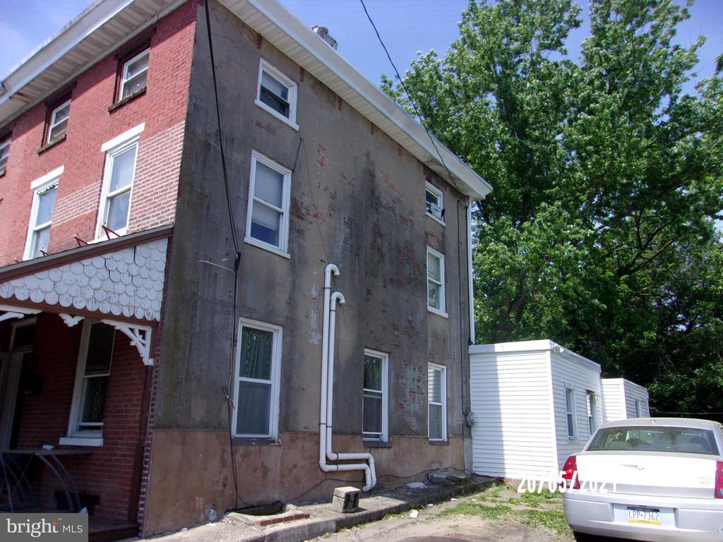 8 Church Street, Brookhaven PA 19015 - Photo 2