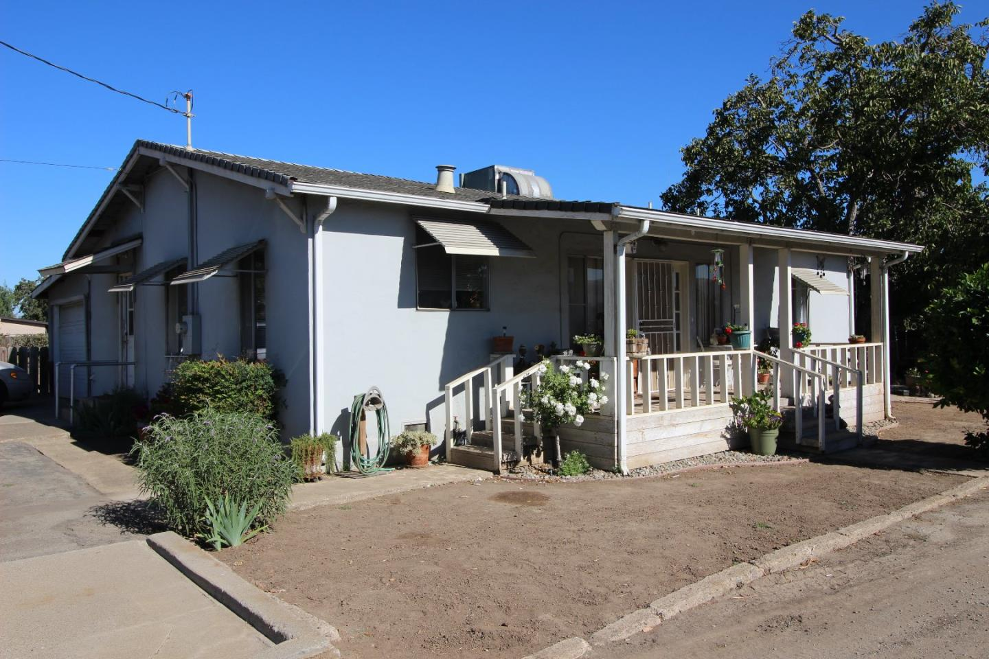 2025 Pacheco Pass Hwy, Gilroy CA 95020 - Photo 1