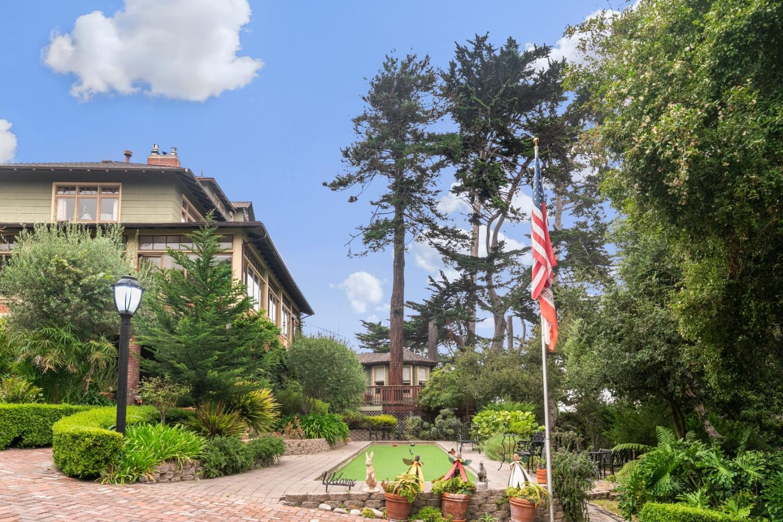 Popular New Monterey Real Estate