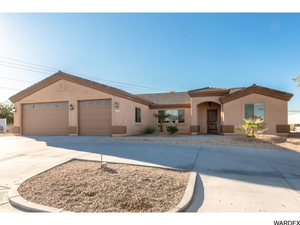 2690 Kiowa S Blvd, Lake Havasu City AZ 86403 - Photo 1