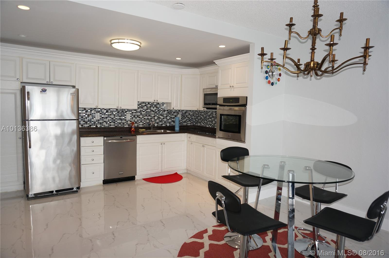 19370 Collins Av Seasonal # 1417, Sunny Isles Beach FL 33160 - Photo 2