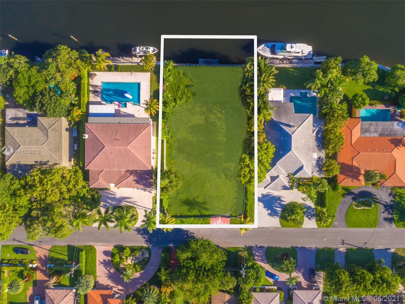 479 Tamarind Drive, Hallandale FL 33009 - Photo 2