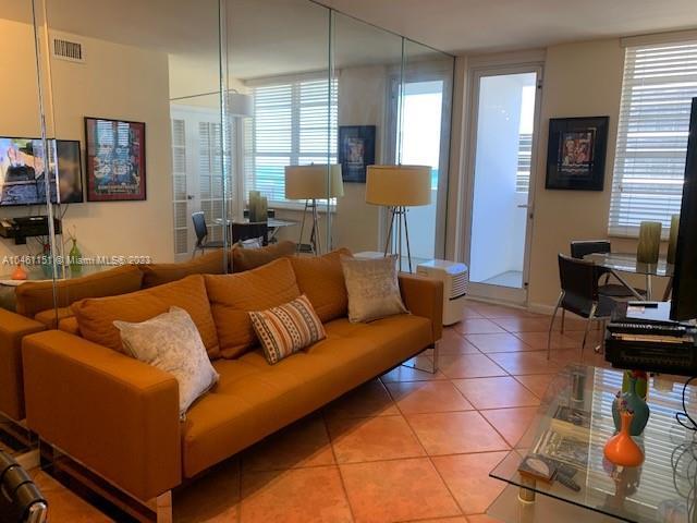 100 Lincoln Rd # 1129, Miami Beach FL 33139