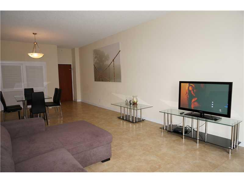 4001 S Ocean Dr Seasonal # Ph3, Hollywood FL 33019 - Photo 2